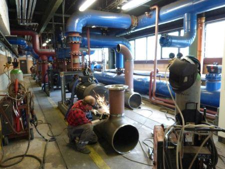 Prace prowadzone w ciepłowni Zasanie w przerwie remontowej